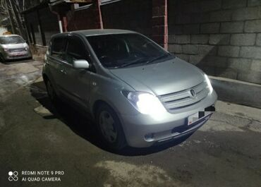 Жалал абад сойкулар - Кыргызстан: Toyota ist 1.5 л. 2003