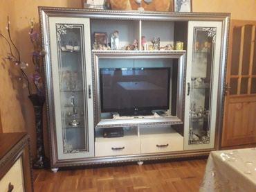 Sumqayıt şəhərində Tv stend.250 azn.