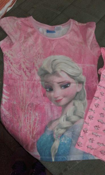 Majice za devojcice veličina 8,osam komada za 1500,zadnja svecana - Crvenka