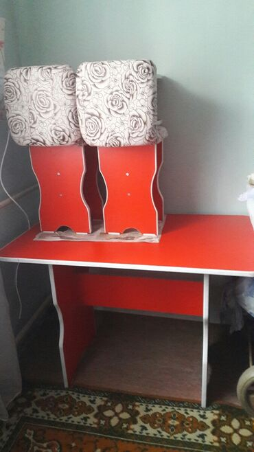 вытяжки для кухни бишкек в Кыргызстан: Кухни стул 4табреткасы менен колдонулган эмес жаны бойдон турат баасы