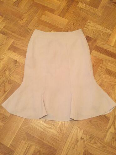 Broj suknjica - Srbija: Suknjica vrlo kvalitetna i lepa kao nova br 40