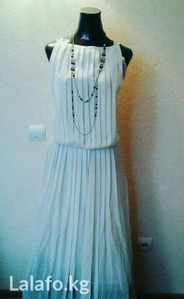 Красивое,легкое платье,одевалась 1 раз,40 размер,состояние отличное в Бишкек