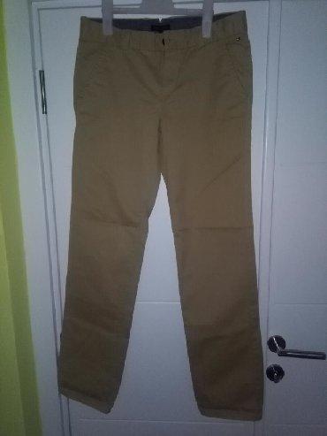 Muške Pantalone | Crvenka: Muške pantalone, veličina 16, original Tommy Hilfiger, samo jednom