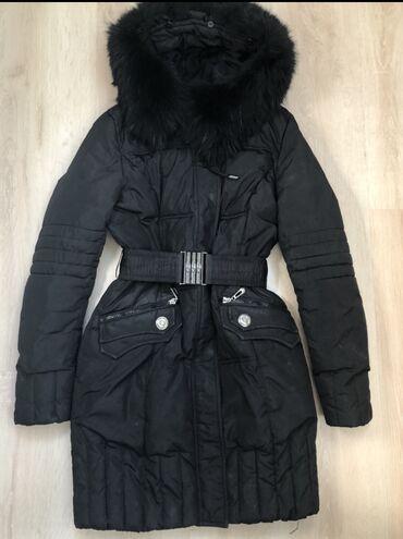 Зимняя куртка пуховик с ремнём отличное качество, подойдет для S, М