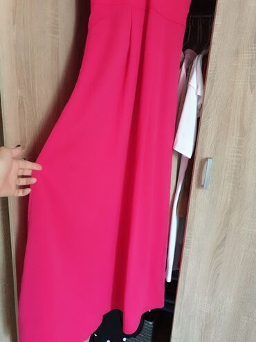 Benetton zenska haljina, POTPUNO NOVA,vel.XS( ali model odgovara