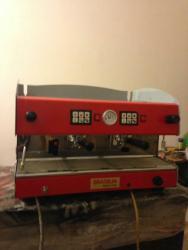 запчасти для кофеварок delonghi в Кыргызстан: Кофе машина профессиональная Бразилия (Италия)для кафе,ресторанов