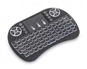 square box xiaomi в Кыргызстан: Мини клавиатура I8. С тач пажом и подсветкой. Для TV box. Smart TV