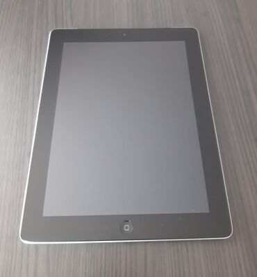 Apple Ipad 4 32gb (sim kart destekleyir).Qutusu var.Adaptor bashligi