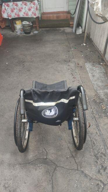 Инвалидные коляски - Кыргызстан: Продаю инвалидную каляски! Почти не пользовались!
