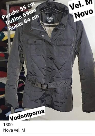 Nova zimska jakna vel. M Uživo lepša. Vodootporna na kišu .sneg