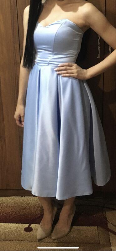 вечернее платье до колен в Кыргызстан: Нежно-голубое платье, размер S, длина ниже колен, сшито на заказ