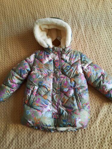 Новая зимняя куртка Next на 4-5лет. Очень лёгкая, тёплая и красивая