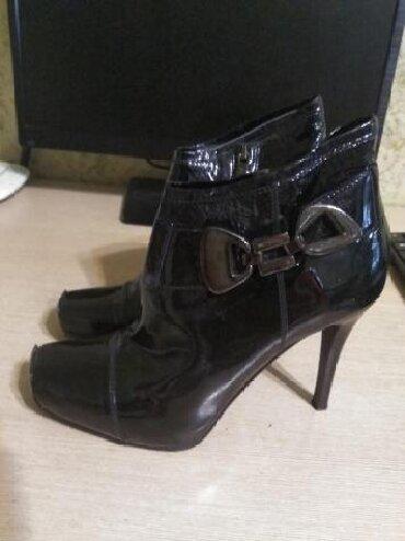 туфли-черные-женские в Кыргызстан: Продаются итальянского и немецкого производства обувь. Одевались