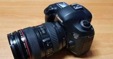 Canon eos 5D mark 3+24-105 obyektiv+2 fleskart+3 batereyka. Nomrenin в Bakı