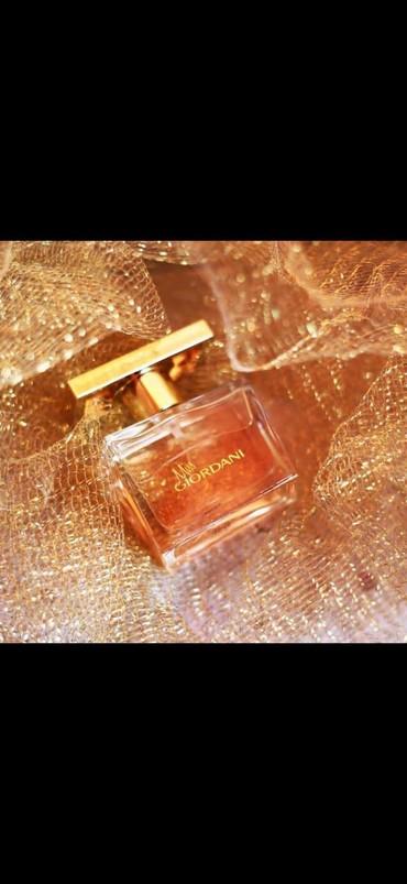 Личные вещи в Сальян: Miss Giordani parfum suyu(Oriflame)Bu mehsulları 23%endirimle elde