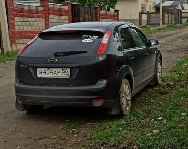 черный ford в Кыргызстан: Ford Focus 1.8 л. 2006   230000 км