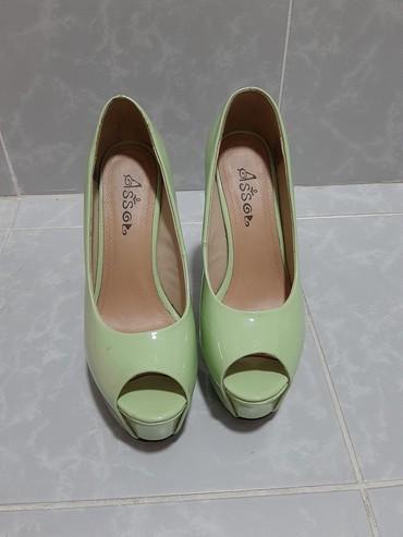 Женская обувь в Бает: Продаю туфли!  37 размер