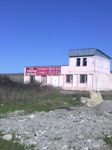 Şamaxı şəhərində Samaxinin gireceyinde 3 ha torpaq satilir. Torpaqin teyinati tikinti