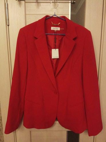 Новый красный пиджак Calvin Klein, размер 12, в Бишкек