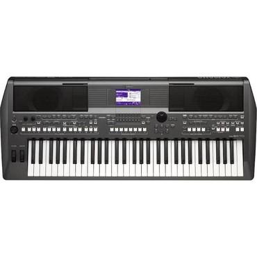 Клавишный инструмент цифровой. Yamaha PSR-S670Цифровой клавишный
