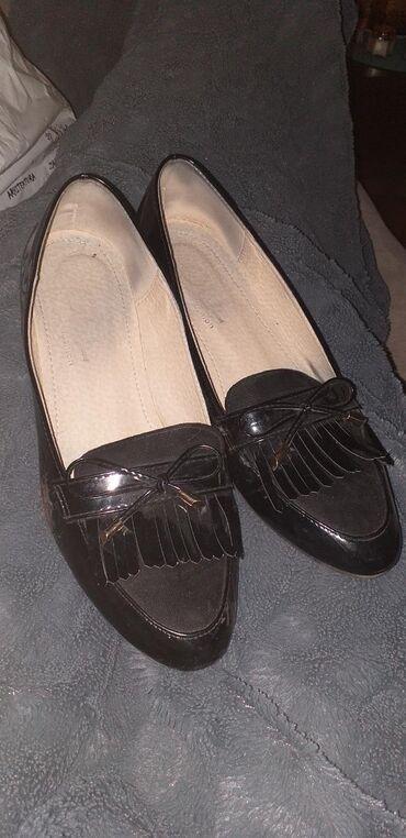 Zenske ravne cipele - mokasine
