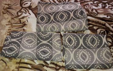 Sumqayıt şəhərində Yeni divan ve 2kleslo ustu teze ve ucuz Xalca tip materyaldadi