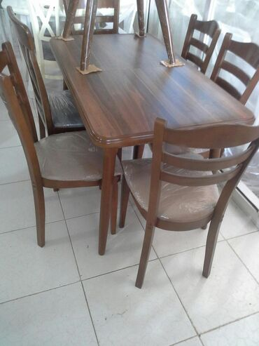 Masaların və oturacaqlarin satışı.Materal meşə ağacı üstü MDF.Reng