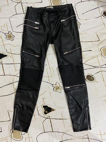 Женские штаны из натуральной кожи, кожа очень тонкая и мягкая.  ZARA р