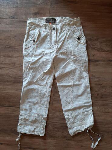 Pantalone 7/8 zenske veličina 34/XS. Markirane