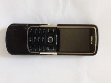 Sumqayıt şəhərində Nokia 8600.....Lenti yanib.Duzelse eger ela telwfondu.zaryatkada super