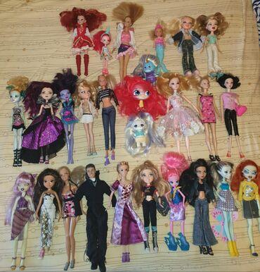 Продаю кукол,все оригиналы,большая часть покупалась в ОАЭ.цены от