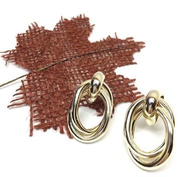 часы модные в Кыргызстан: Серьги под золото,самые модные,качество супер