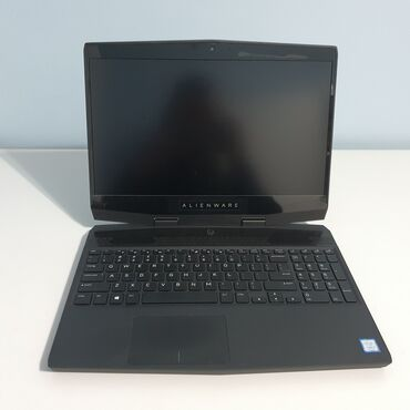 Dell Alienware m15CPU: 8th Generation Intel® Core™ i7-8750H (6-Core