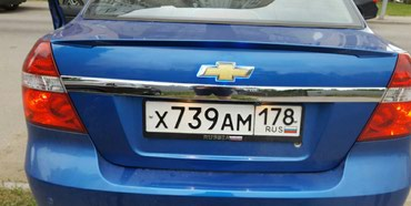На Ravon R3 на крышку багажника накладка в Бишкек