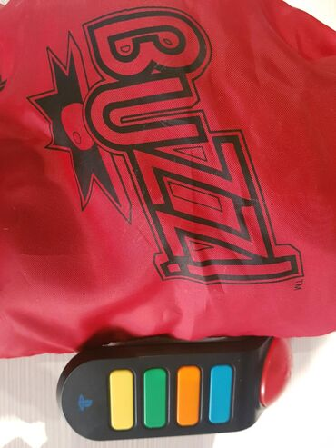 Τηλεχειριστήρια (Buzzer) με καλώδιο + παιχνίδι Buzz μουσικό κουίζ για