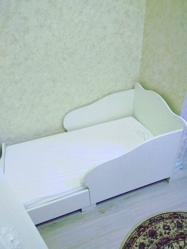 Продаю детскую кровать . Размер 130*65 из в Бишкек
