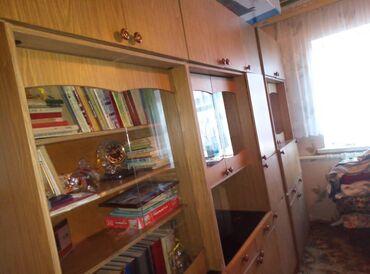 спортивная стенка в Кыргызстан: Продам мебель. Кровать, 2 стенки 2 тумбочки, стол раскладной советск