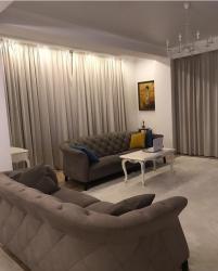 раззакова 2 в Кыргызстан: Сдается 3х комнатная квартира Боконбаева/Раззакова