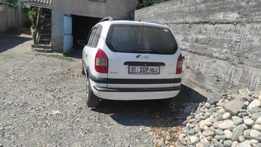 Транспорт - Баткен: Opel Zafira 1.6 л. 2003