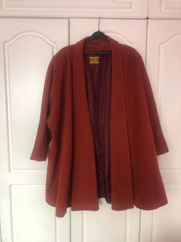 Italijanski kaputic boje cigle. materija,vuna i kasmir. velicina 42