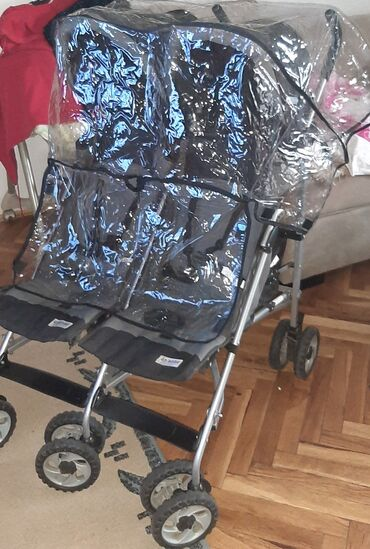 "Kolica za blizance. ""ganc nova""!U Belgiji smo kupili nova kolica za"