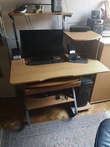 Kompjuter - Srbija: Sto za kompjuter, polovan u dobrom stanju. Duzine 100 cm, sirine 60 cm
