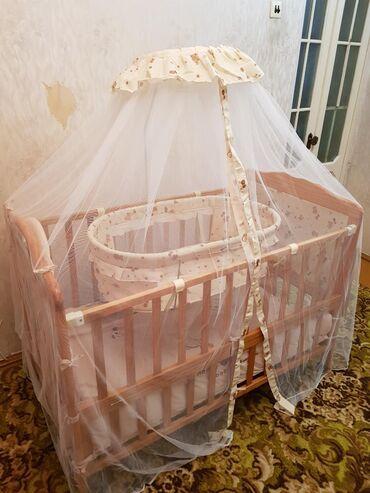 бу детские кроватки в Кыргызстан: Продаю детскую кроватку, есть люлька для младенца, столик для