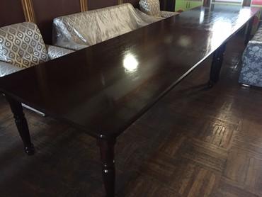 Стол обеденный не раздвижной 2 стола размер 2.5х1.2 общий размер 5мет