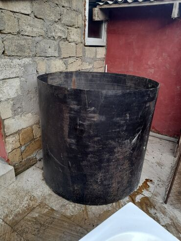 demir su cenleri в Азербайджан: Demir cen ton yarimnan 2 ton arasi su tutur qiymeti 80 manat