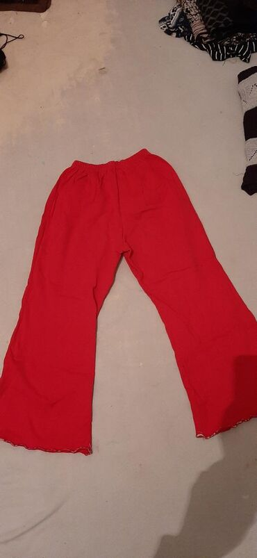 Nove pamucne decije pantalone, velicina 10.Licno preuzimanje ili