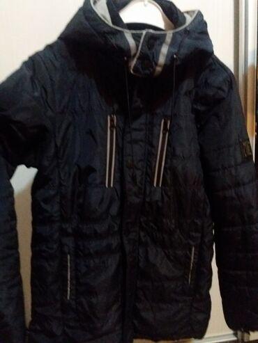 Куртка деми на 12-14 лет в хорошем состоянии, 1000 сом