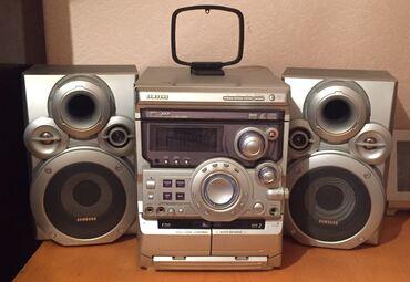 Samsung MAX-VB550 musiqi mərkəzi  MP3-CD & R/RW playback,  VCD,  A