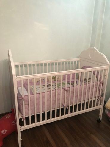 Детская кровать 0-4 лет. Дерево 100% Покупала за 25000 в Бишкек