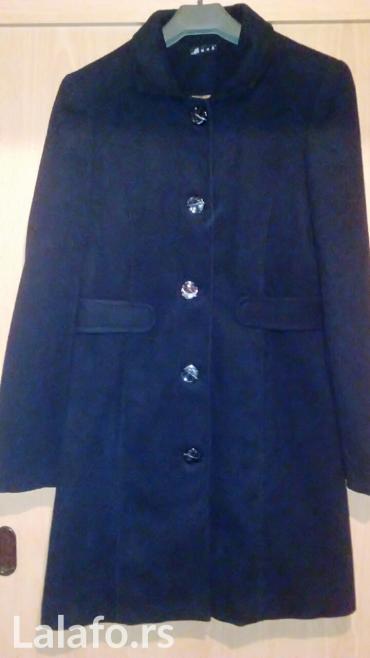 Novo... Novo... Samo nov crni kaputic, veličina 38/40, 50 % vuna,i 50 - Vrnjacka Banja